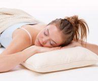 Можно ли спать в контактных линзах