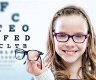 Когда нужно записать ребенка к офтальмологу?