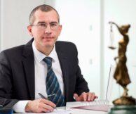 Какими качествами должен обладать юрист консультант: 4 важных параметра от компании «Флагман»